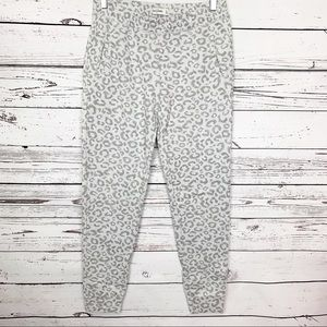 ABERCROMBIE KIDS gray cheetah print sweats silver
